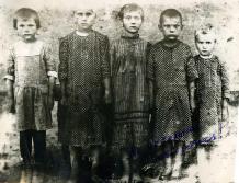 Прикрепленный файл (Солонские и Писанец дети.jpg, 215416 байт, скачан: 16 раз)